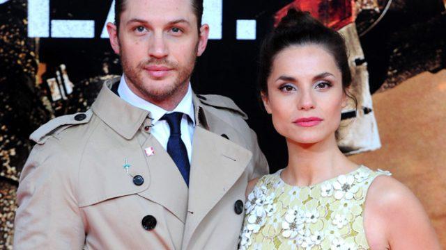Том Харди со своей женой Шарлоттой Райли